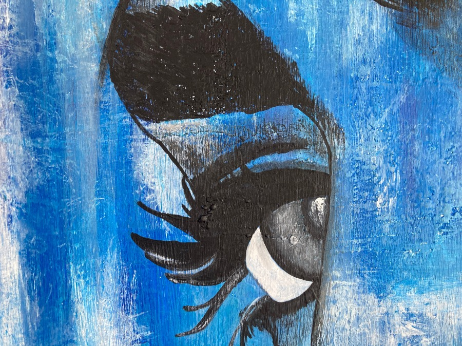 Woman in Blue - Details   AlessandraViola.co.uk